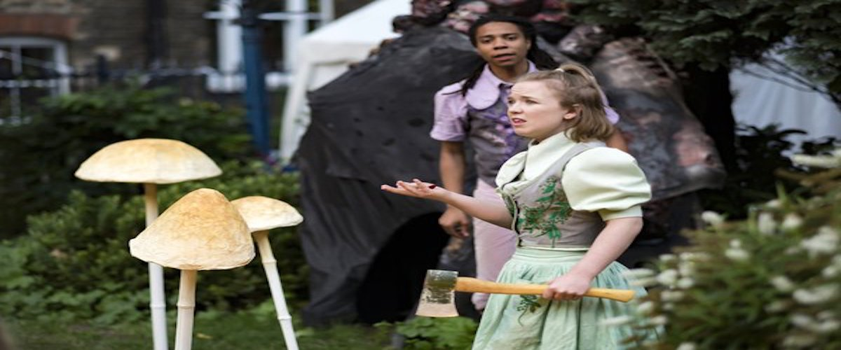 Hansel & Gretel y la bruja Baba Yaga