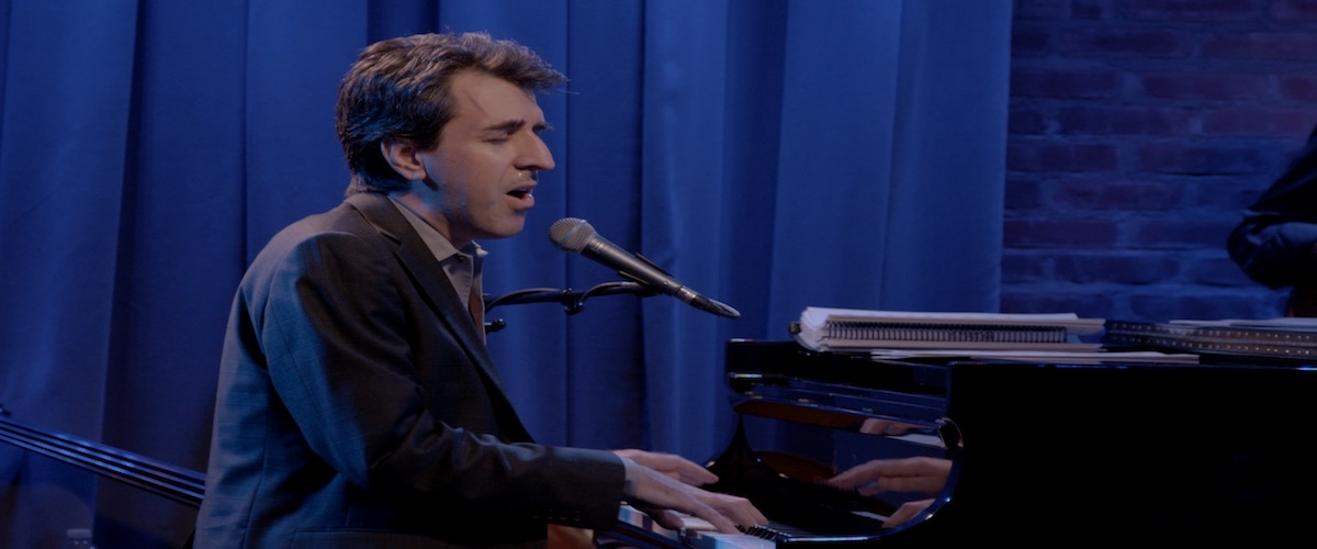 El compositor Jason Robert Brown